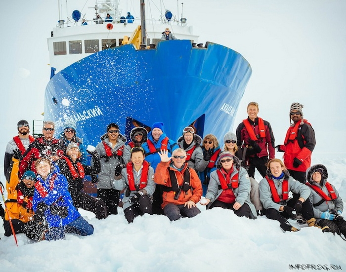 Icebound Antarctic research vessel awaits icebreaker release